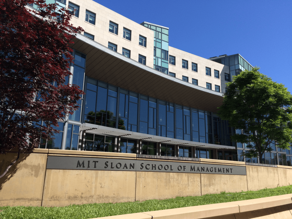 mit sloan essays Mit sloan mba class profile average gmat score, gpa, work experience and application essay questions at sloan includes mit sloan mba essay questions.